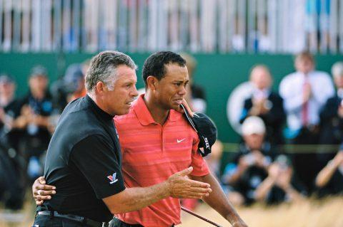 Steve Williams war bei 13 von Tigers 14 Major-Siegen an dessen Seite; dieses Foto zeigt beide nach Woods' Triumph bei der British Open 2006.