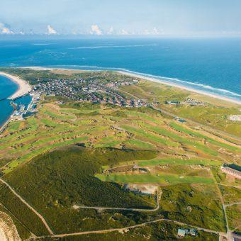 Der zweitbeste Golfplatz Deutschlands aus der Luft fotografiert – der Links Course des GC Budersand Sylt.