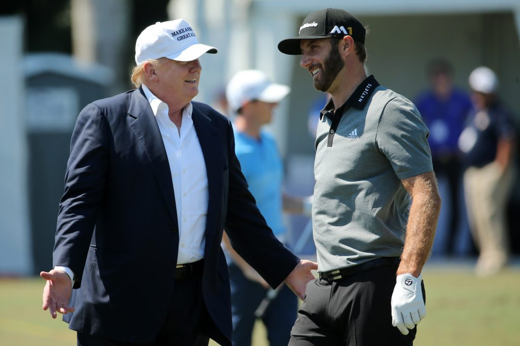 Donald Trump (l.) und US-Golfstar Dustin Johnson