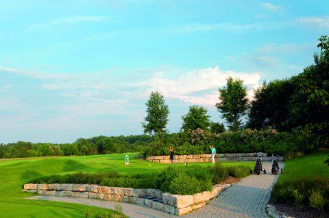"""Wer zu den """"Leading"""" Golfclubs in Deutschland gehört, der achtet auf alle Details – wie die liebevolle Gestaltung der Abschläge."""