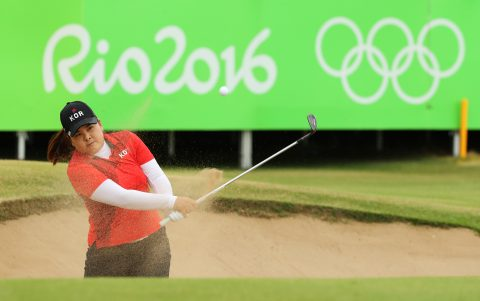RIO DE JANEIRO, BRAZIL - AUGUST 20: Inbee Park of Korea plays a shot from a bunker on the 18th hole during the Women's Golf Final on Day 15 of the Rio 2016 Olympic Games at the Olympic Golf Course on August 20, 2016 in Rio de Janeiro, Brazil. (Photo by Scott Halleran/Getty Images)