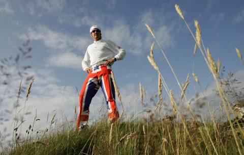 """Ian Poulter bei der Open 2004 """"very british"""" in den passenden Hosen."""