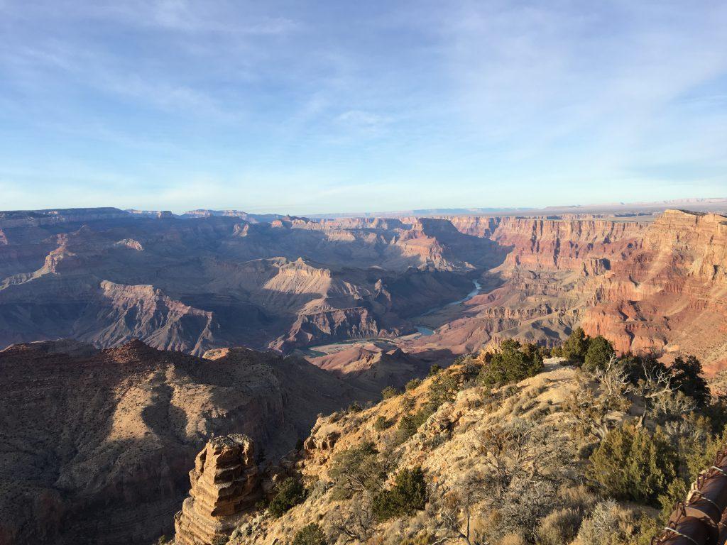 Zum perfekten Golfurlaub in Arizona und einem Roadtrip in dem schönen Wüstenstaat gehört auch ein Zwischenstop beim Grand Canyon. Hier: South Rim bei Tusayan. Foto: I.v.Wilcke