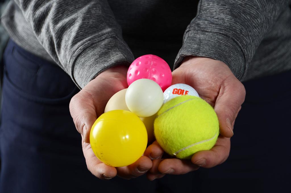 Putten kann auch mal mit anderen Bällen trainiert werden. (Foto: Christina Scheunemann)
