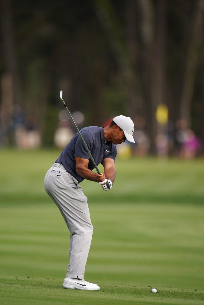 Der Schwung in Richtung des Balls bei Tiger Woods.  (Fotos: Getty Images)