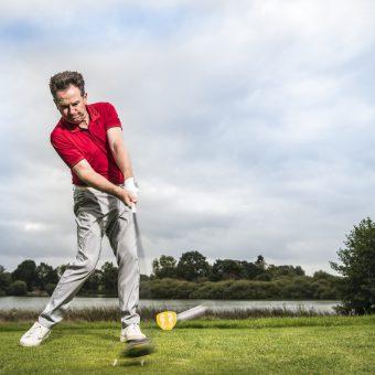 Paul Dyer, der Golf-Mythen-Jäger verrät, ob der Kopf stillgehalten werden muss. (Foto: Stefan von Stengel)
