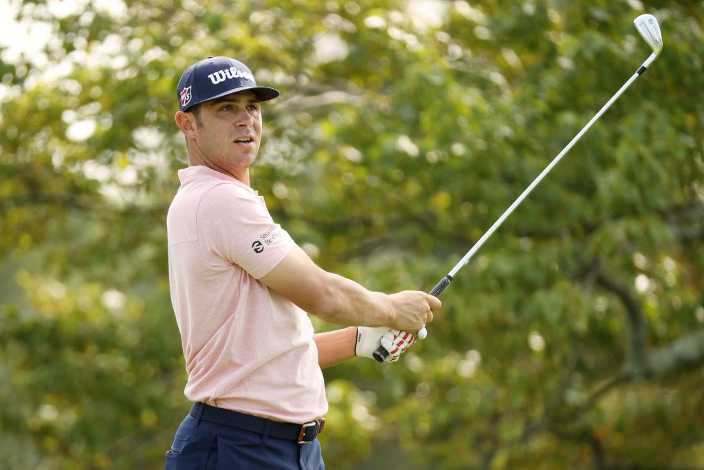 Der US Open-Champion von 2019 erhielt für seinen Sieg ein Preisgeld von 2,25 Millionen US-Dollar. Hier während der Einspielrunde im Winged Foot Golf Club. (Foto: Getty Images).