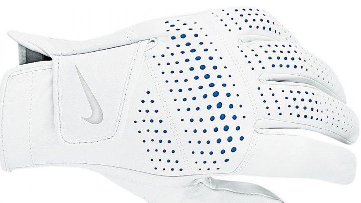 Nike Tour Classic II Hochwertiges Cabretta-Leder mache dieses Modell zu einem Premium-Produkt, das hinsichtlich Gefühl und Passform keine Wünsche offen lasse. Zahlreiche Perforationen im Fingerbereich und im Handrücken verbessern die Atmungsaktivität und Flexibilität. Für Damen und Herren. Preis: 21 Euro