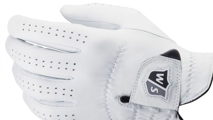 """Wilson FG Tour Das Modell aus hochwertigem """"3M Scotchgard""""-Leder sei ideal für Golfer, die das bestmögliche Gefühl suchen. Vorgeformte Finger sorgen für eine natürliche Passform, weniger Falten und eine bessere Griffigkeit. Nur für Herren. Preis: 24,99 Euro"""