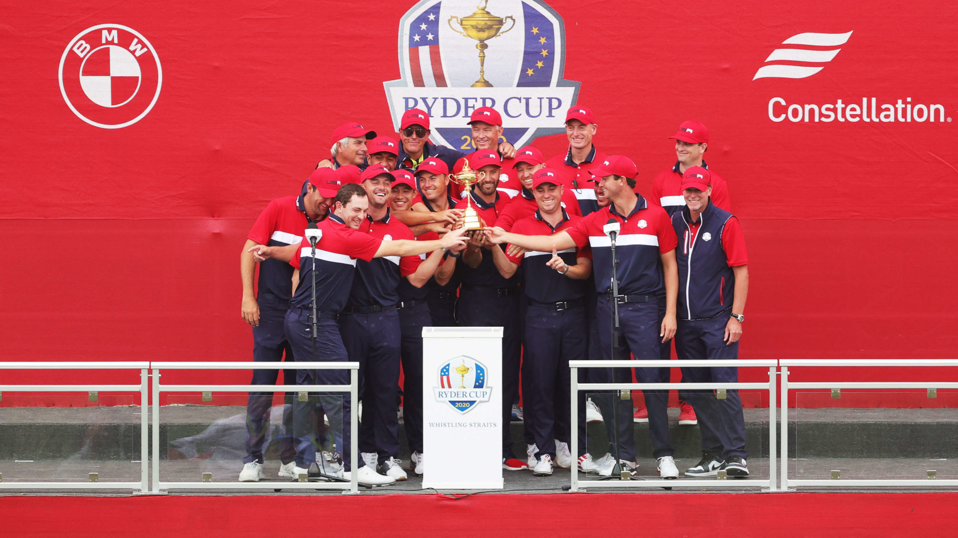 KOHLER, WISCONSIN - SEPTEMBER 26: Team United States celebrates with the Ryder Cup after defeating Team Europe 19 to 9 in the 43rd Ryder Cup at Whistling Straits on September 26, 2021 in Kohler, Wisconsin. (Photo by Stacy Revere/Getty Images)